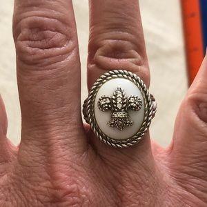 Judith Ripka White Ceramic ring with Fleur de Lis